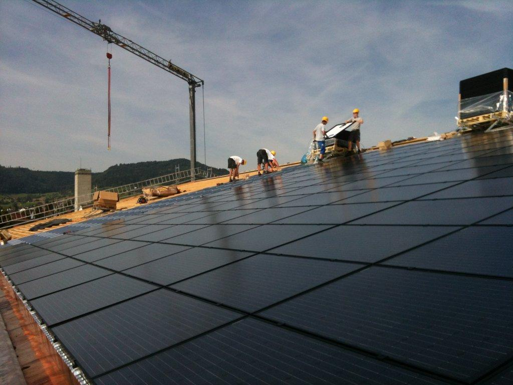 92.61 kWp Indach – Sporthalle, 5070 Frick