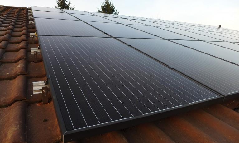 10.20 kWp Aufdach – 5076 Bözen