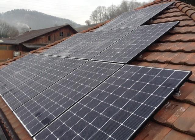 9.77 kWp Aufdach – 5085 Sulz
