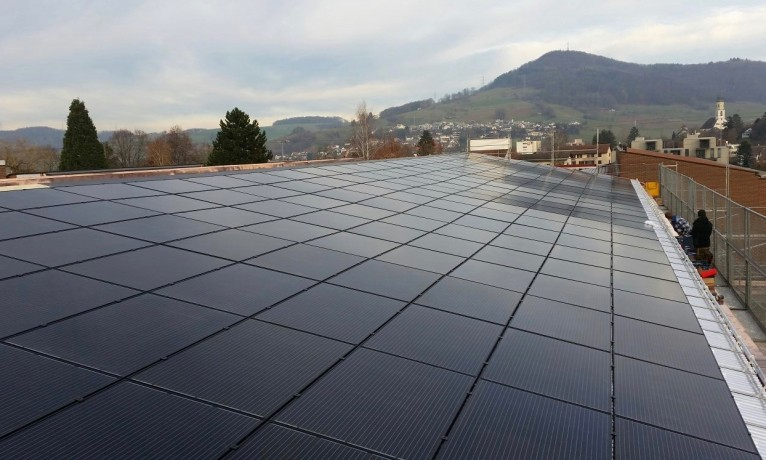 64.35 kWp Indach – 5070 Frick