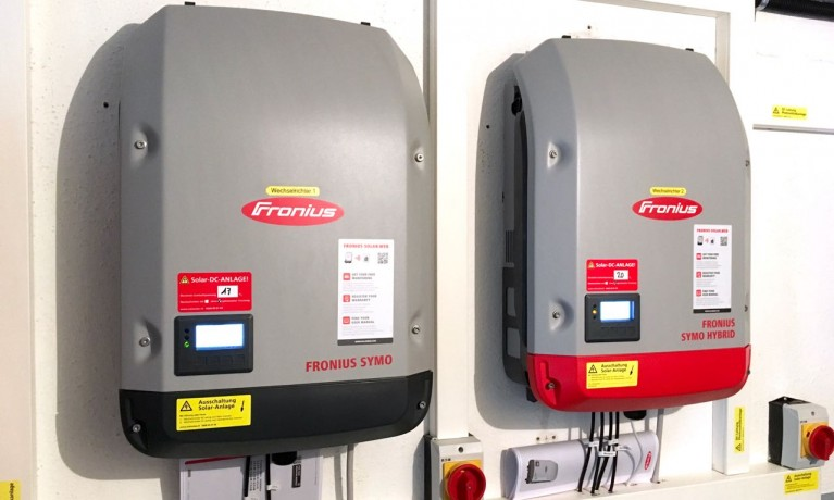 9.06 kWp Aufdach mit Batteriespeicher und Notstrom – 5070 Frick