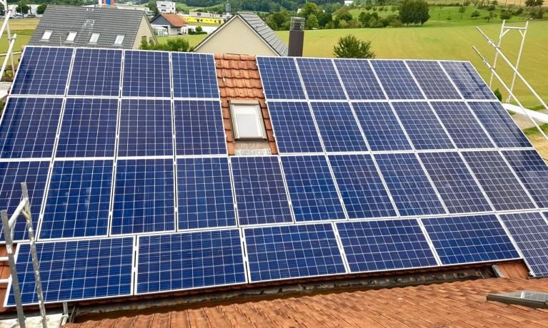 10.26 kWp Aufdach – 5070 Frick