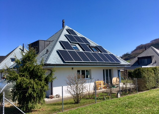 8.1 kWp Aufdach – 5070 Frick