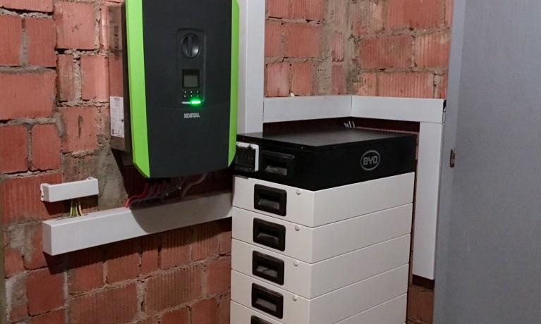 9.28 kWp Aufdach mit Speicher – 4322 Mumpf